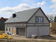 Creaton, Domino, NUANCE w kolorze łupka angobowana, okna dachowe Velux
